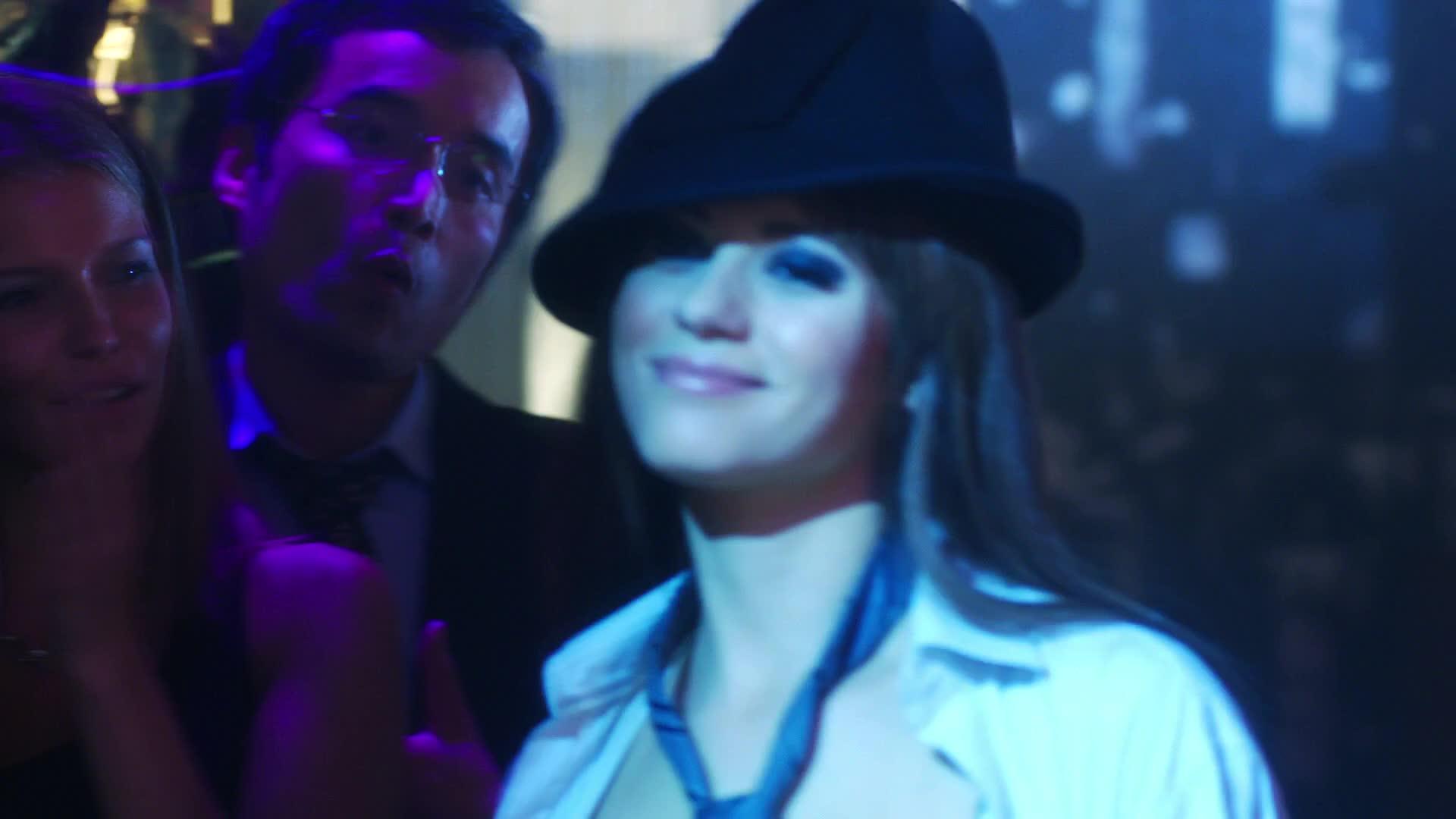 Lyndsy Fonseca pole dancing in a club