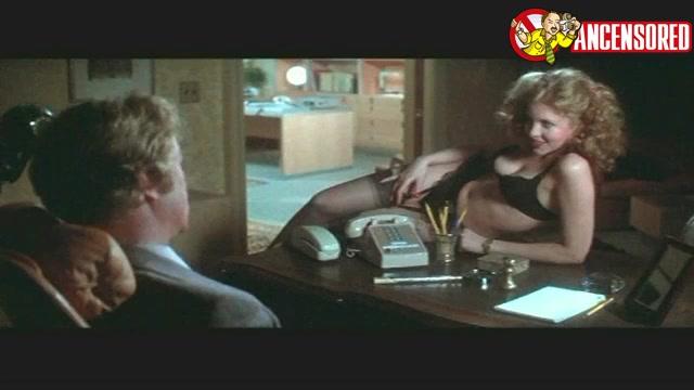 Nancy Allen screentime - Dressed to Kill