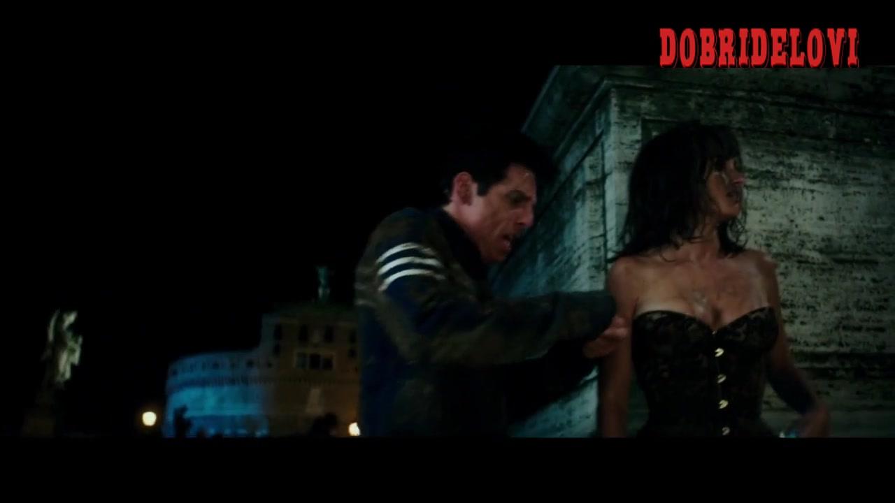 Penelope Cruz sexy lace corset scene from Zoolander 2