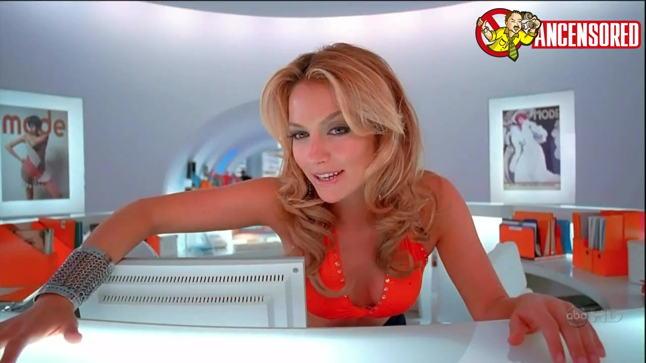 Becki Newton must watch clip - Ugly Betty