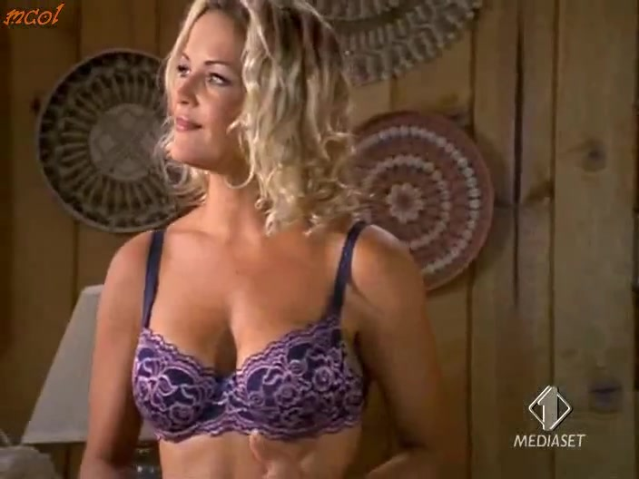 Brandy Ledford scene - Baywatch