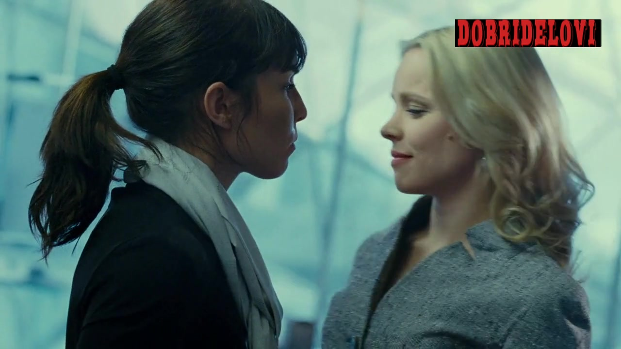 Noomi Rapace kisses Rachel McAdams scene from Passion