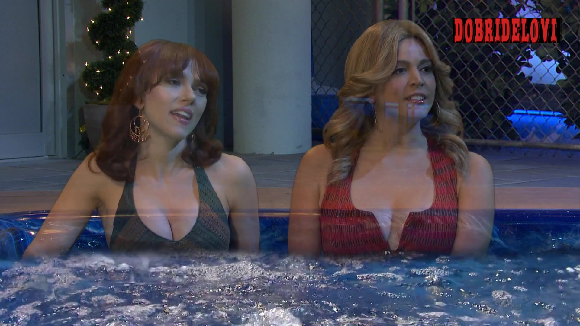 Scarlett Johansson, Cecily Strong, and Ego Nwodim in the bathtub -- Saturday Night Live