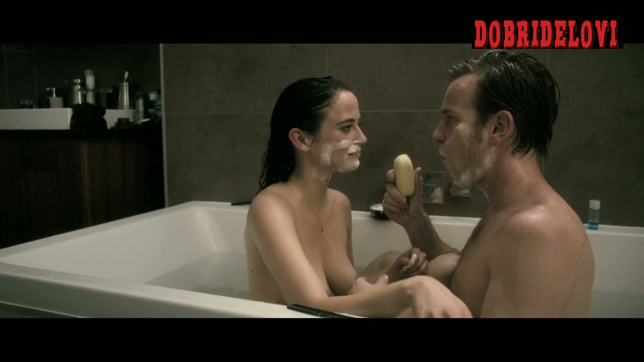 Eva Green in the bathtub with Ewab McGregor scene from Perfect Sense