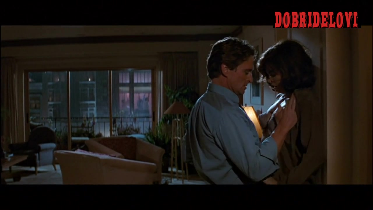 Jeanne Tripplehorn rough sex scene with Michael Douglas from Basic Instinct