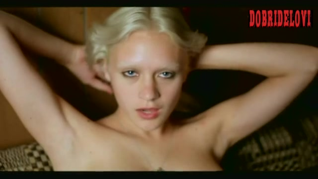 Chloë Sevigny jumping on bed topless scene from Gummo