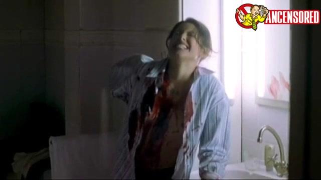 Kari Wuhrer scene - Hellraiser Deader