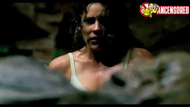 Evangeline Lilly scene from Lost