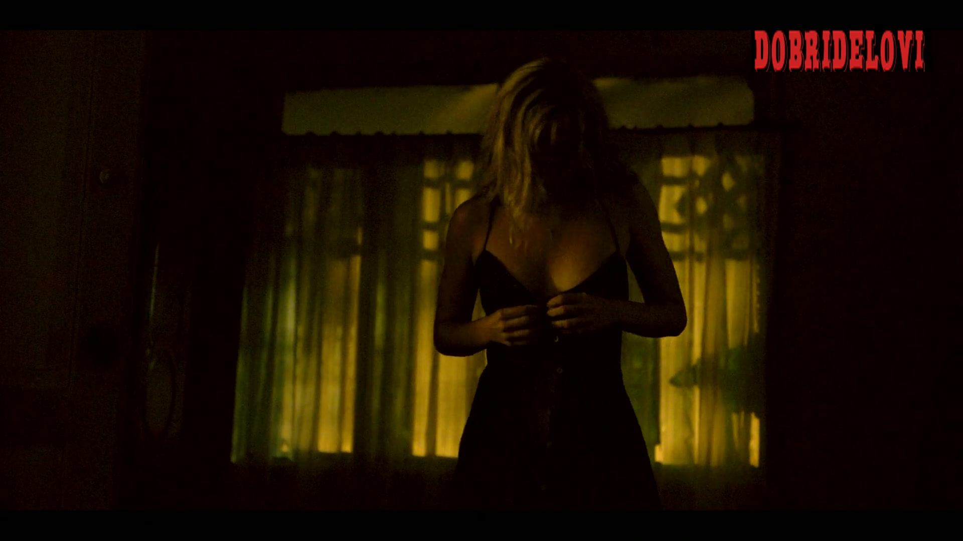Ana de Armas sex scene in the dark for Sergio
