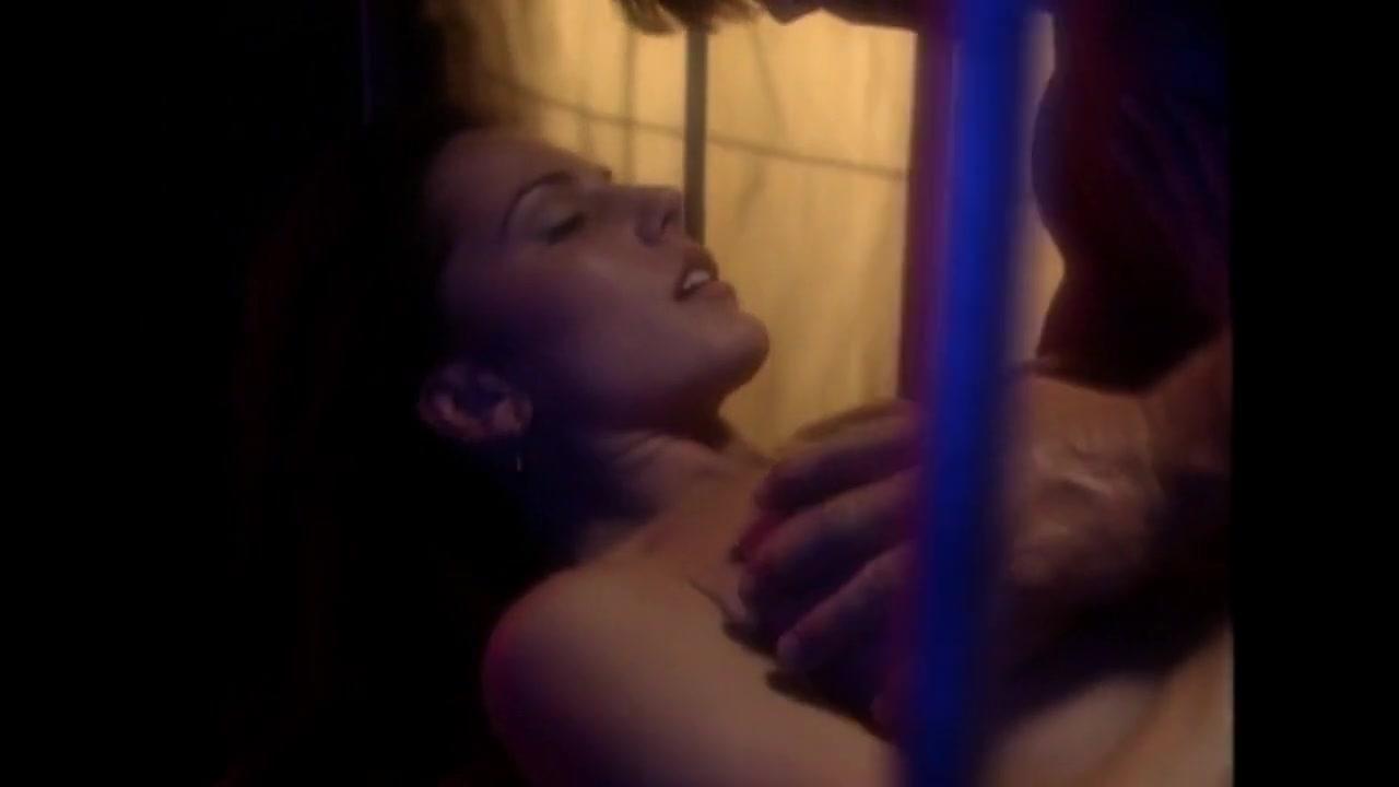 Krista Allen scene in Emmanuelle in Space First Contact