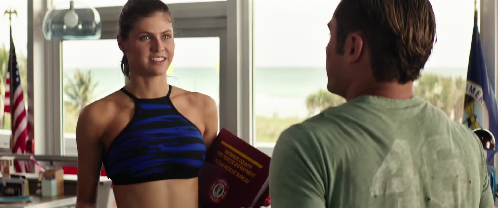 Alexandra Daddario must watch clip in baywatch 2017