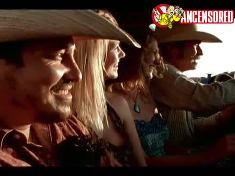January Jones sexy scene in The Three Burials of Melquaides Estrada