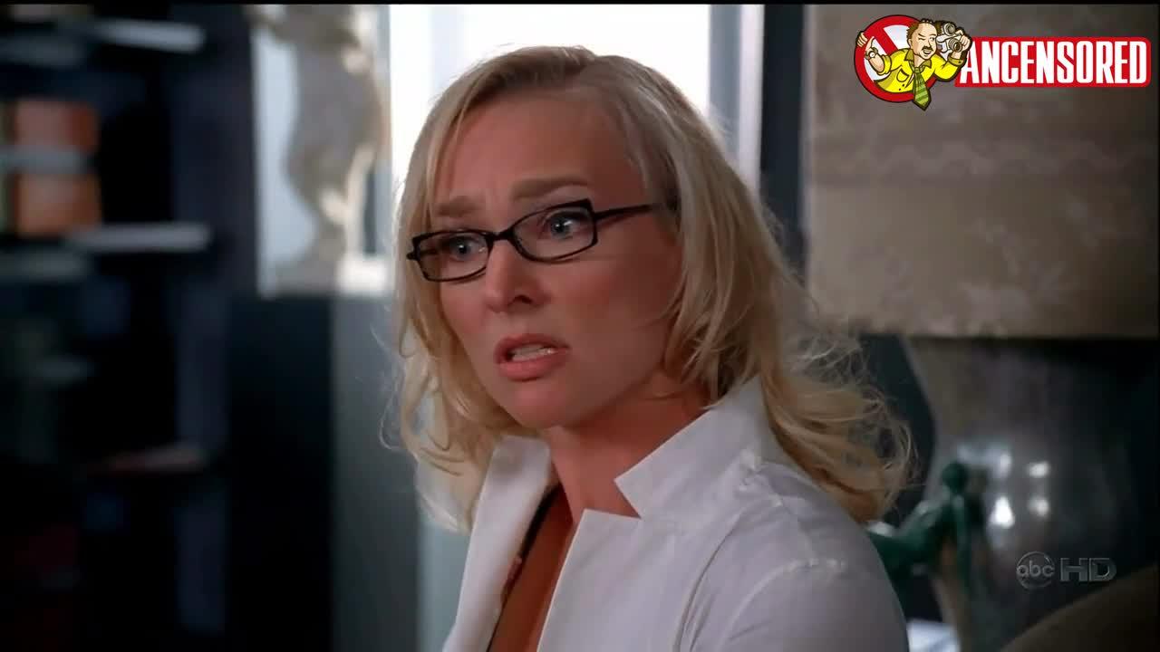 Kari Matchett looks fantastic - Ugly Betty