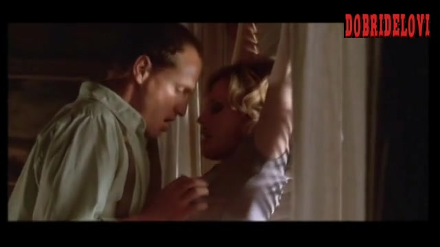 Elisabeth Shue pounded against the wall by Woody Harrelson in Palmetto