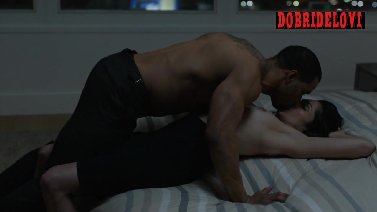 Lela Loren gets undressed for Omari Hardwick