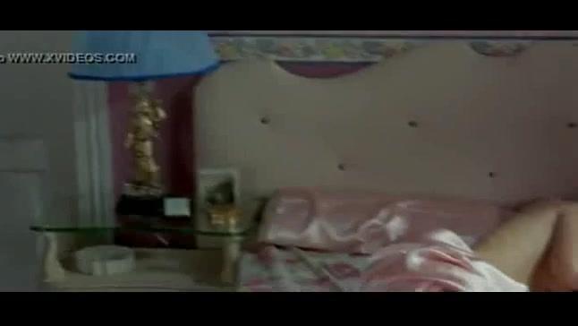 Ana de Armas looks fantastic - Una rosa de Francia