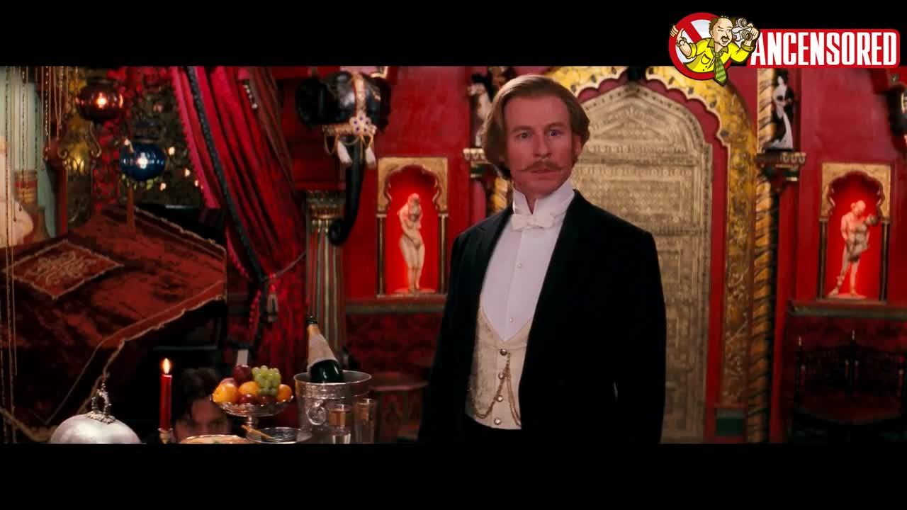 Nicole Kidman must watch clip from Moulin Rouge