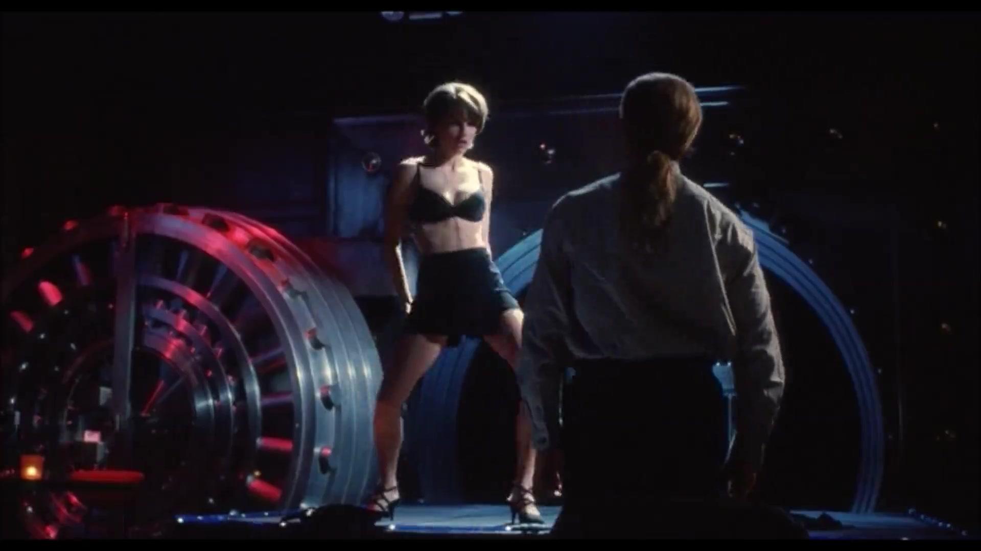 Hilary Swank must watch clip in Kounterfeit