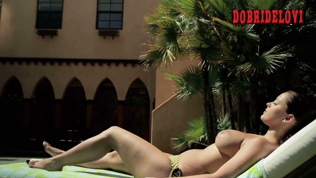Liza del Sierra nude sunbathing scene from Villa Captive