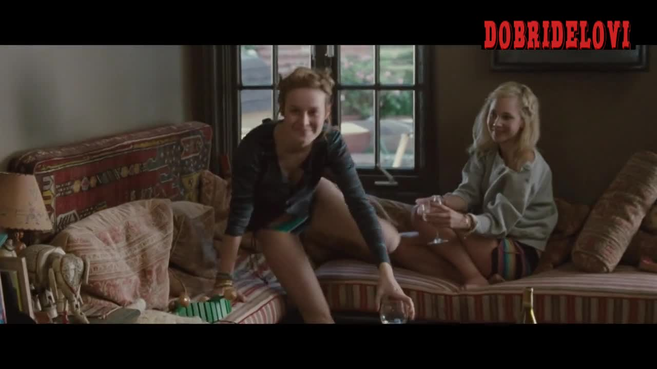 Brie Larson and Juno Temple drinking wine scene from Greenberg
