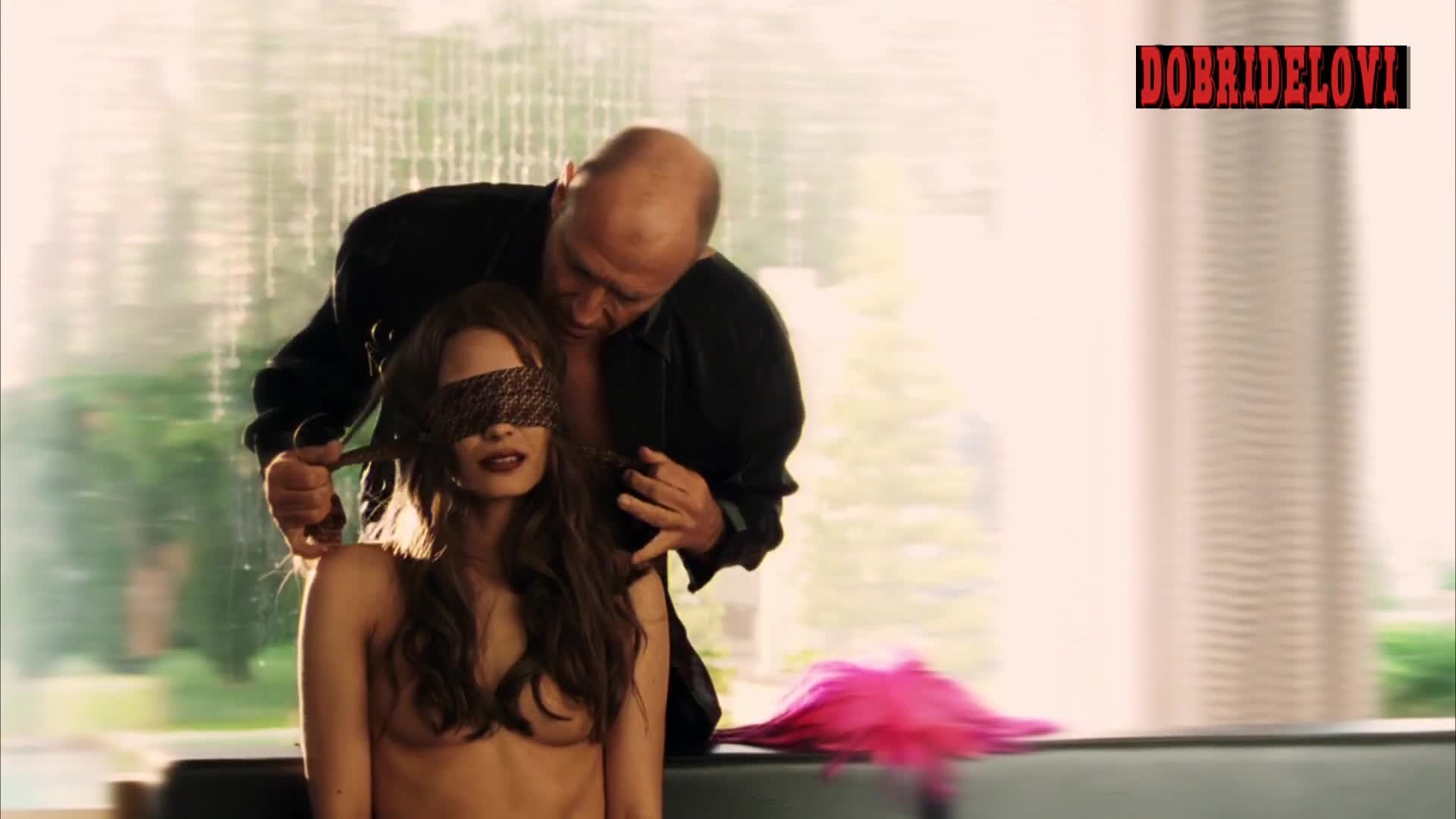 Shannyn Sossamon blindfolded and nude scene from Kiss Kiss Bang Bang