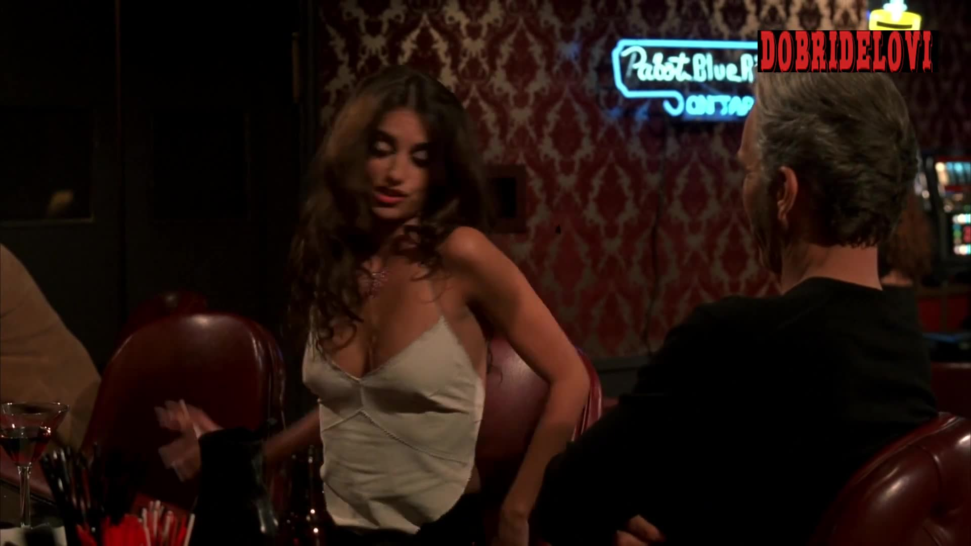 Penelope Cruz sexy cleavage kissing Billy Bob Thornton in Waking Up in Reno