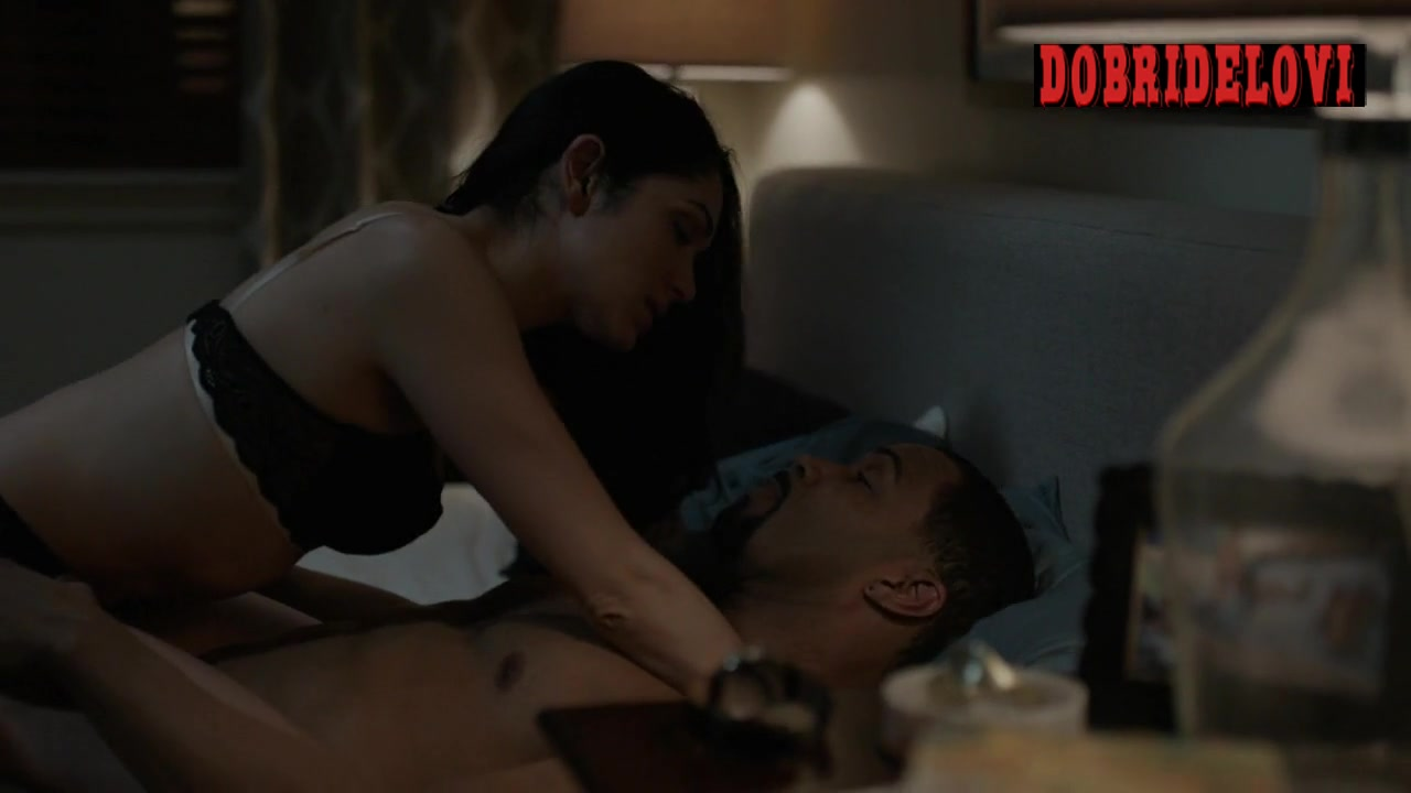 Lela Loren playful in bed with Omari Hardwick