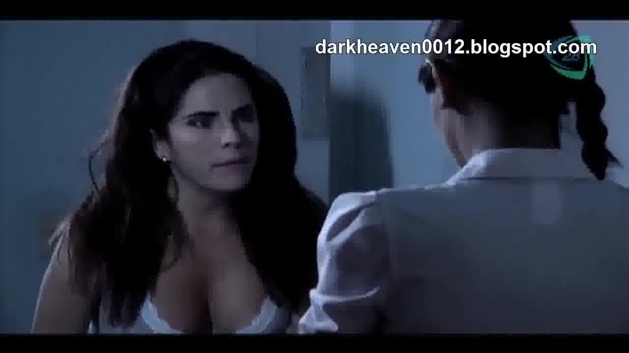 Souza nude karla Karla Souza