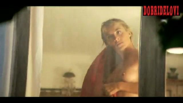 Watch Cayetana Guillén Cuervo nude scene from Amor idiota video