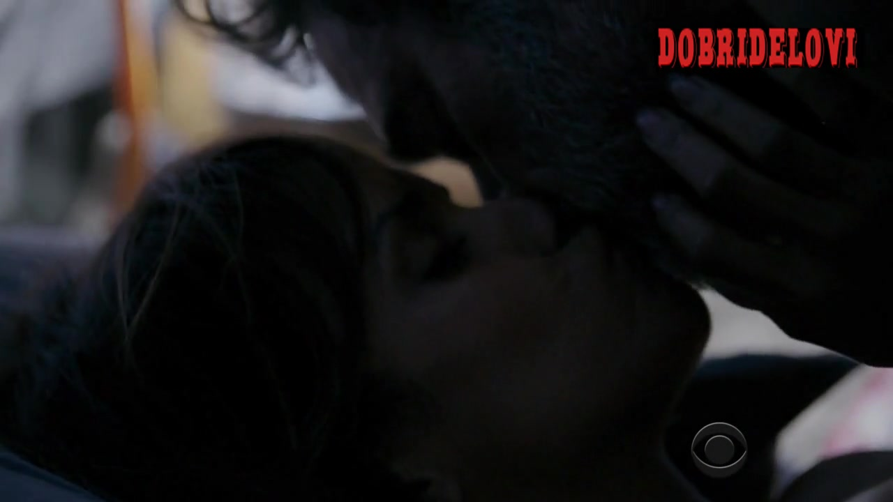 Halle Berry and Jeffrey Dean Morgan interracial scene from Extant