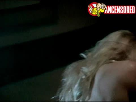 Pamela Anderson must watch clip