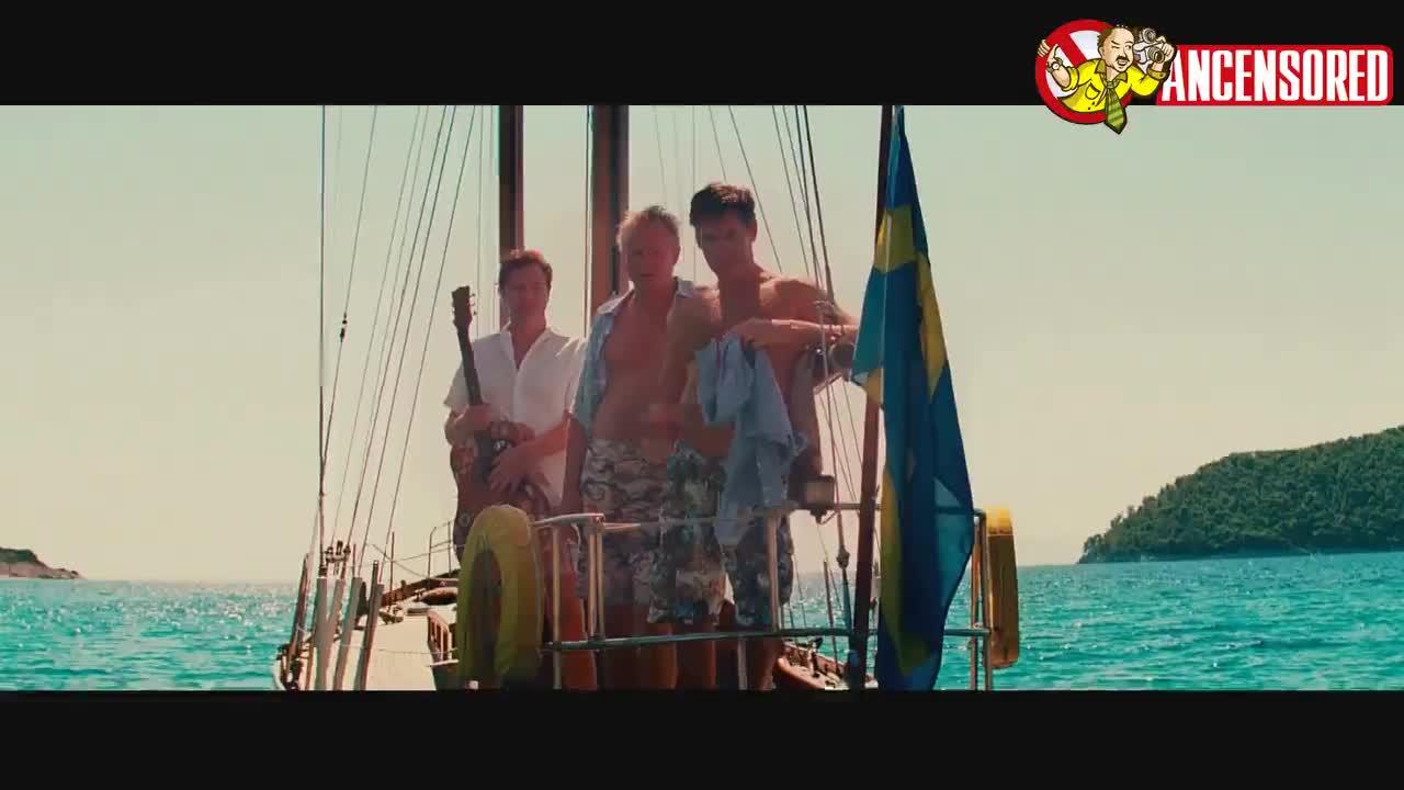 Amanda Seyfried looks fantastic from Mamma Mia