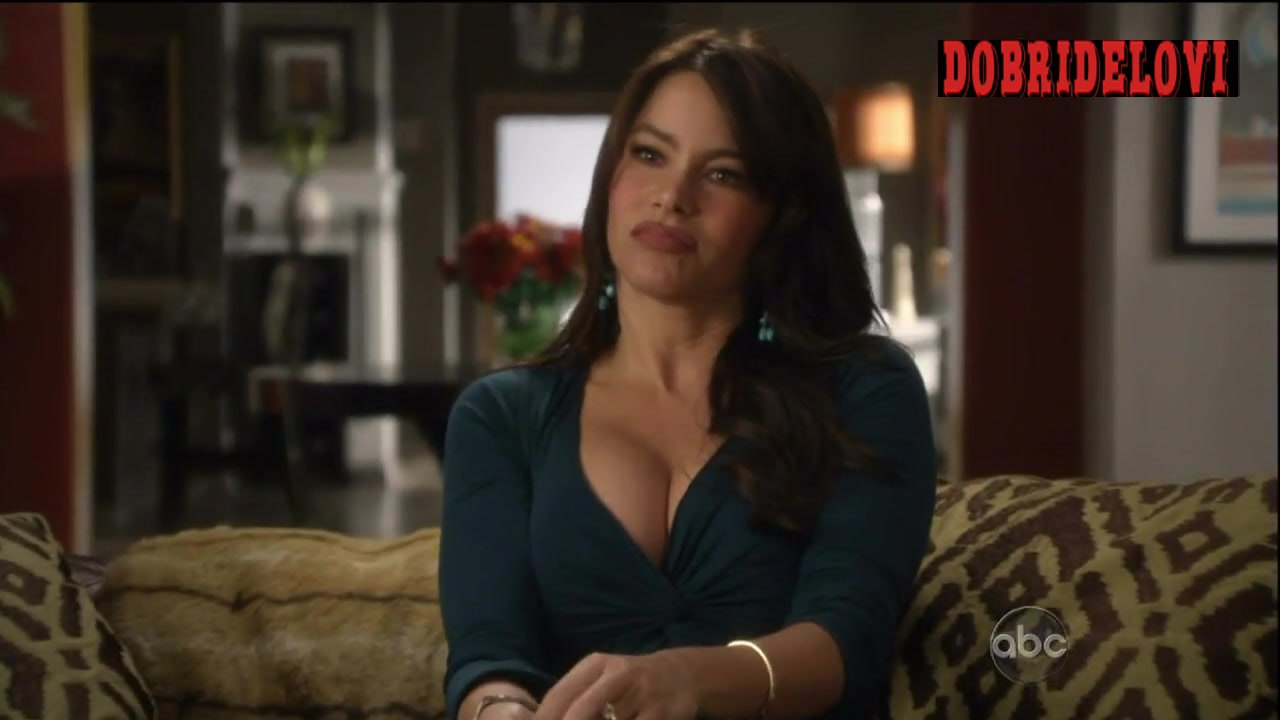 Sofia Vergara sexy cleavage scene from Modern Family