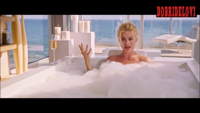 Margot Robbie bathtub scene from The Big Short