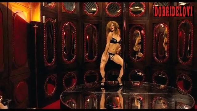 Penélope Cruz pole dancing scene from Chromophobia