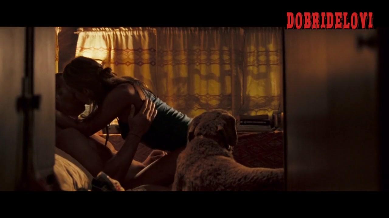 Jessica Alba camel toe scene from Into the Blue
