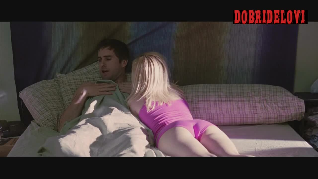 Elisha Cuthbert morning after with Luke Wilson scene from Old School