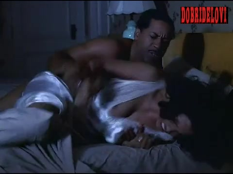 Halle Berry nipslip scene from Introducing Dorothy Dandridge