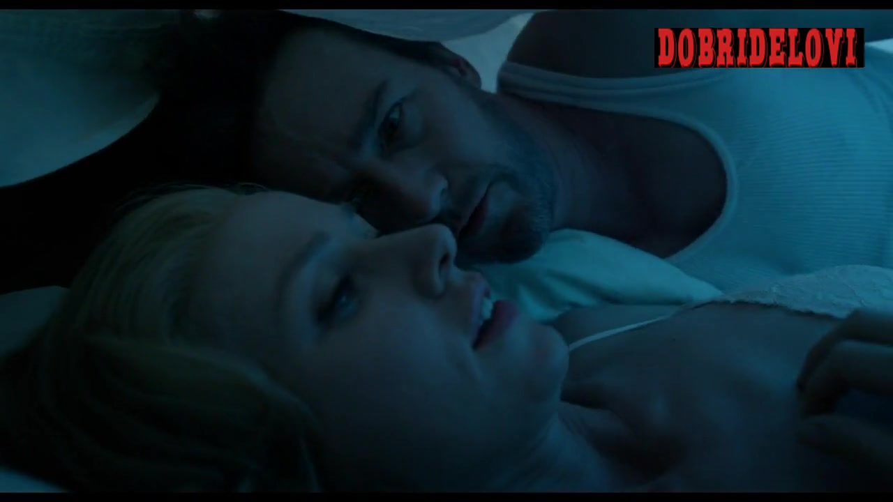 Naomi Watts under the sheets with Ed Norton scene from Birdman
