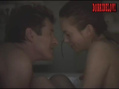 Diane Lane in bathtub with Richard Gere scene from Unfaithful