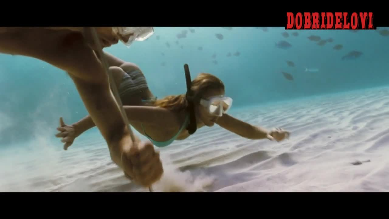 Jessica Alba snorkeling pokies scene from Into the Blue