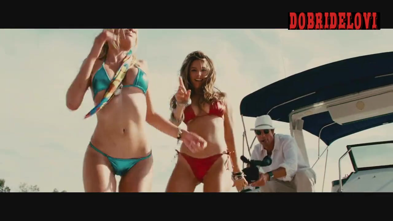Kelly Brook and Riley Steele sexy dancing on boat scene from Piranha 3d