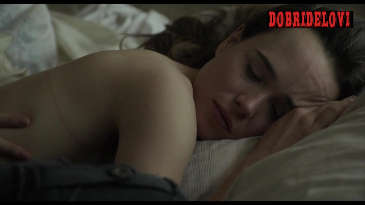 Ellen Page getting a back massage scene from Into the Forest