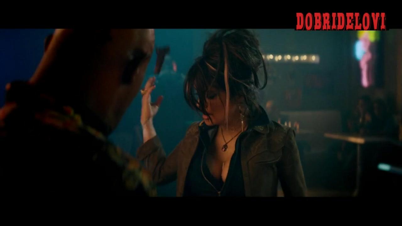 Salma Hayek bar fight scene from The Hitman's Bodyguard