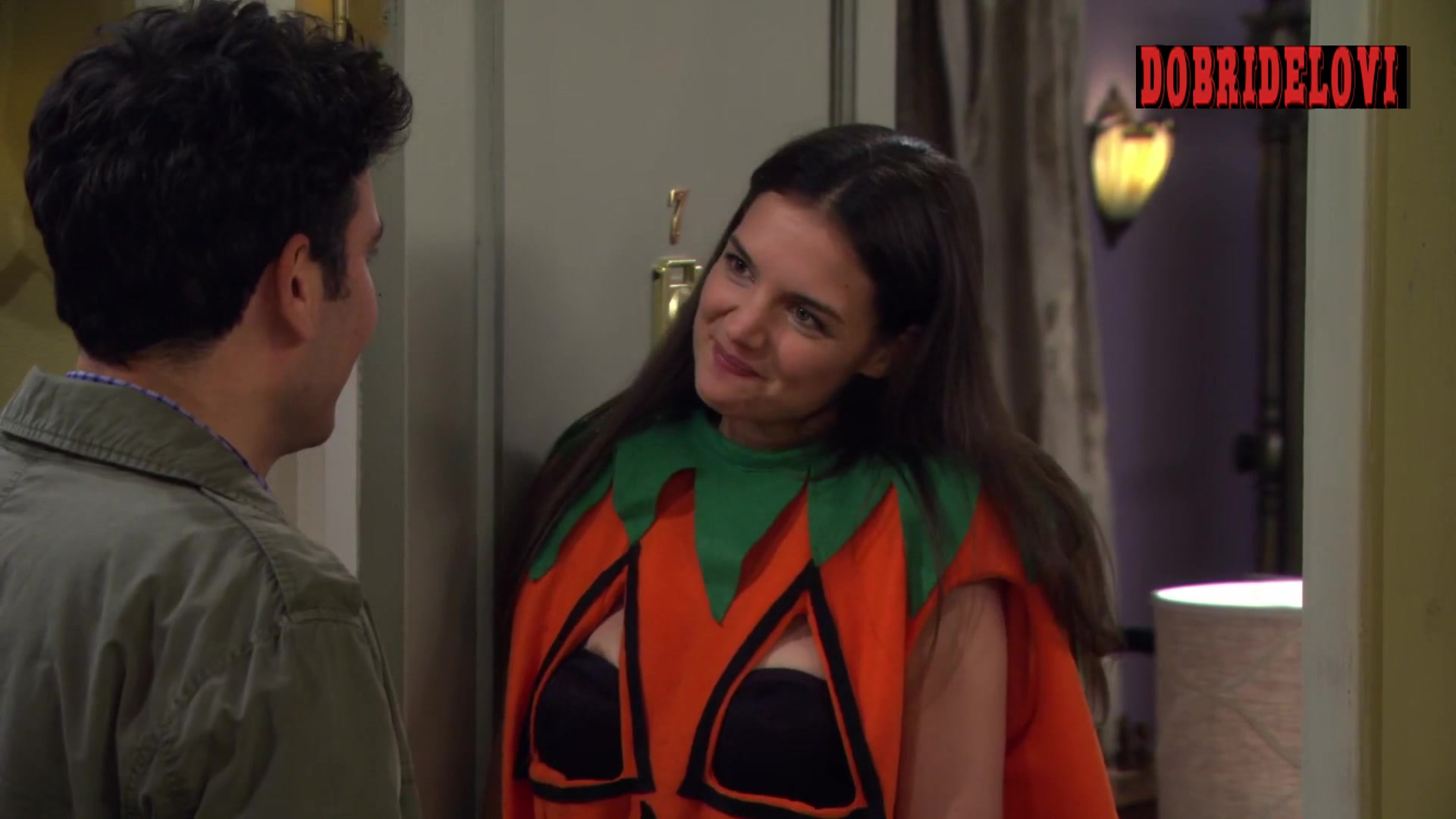 Katie Holmes nipslip scene from How I Met Your Mother