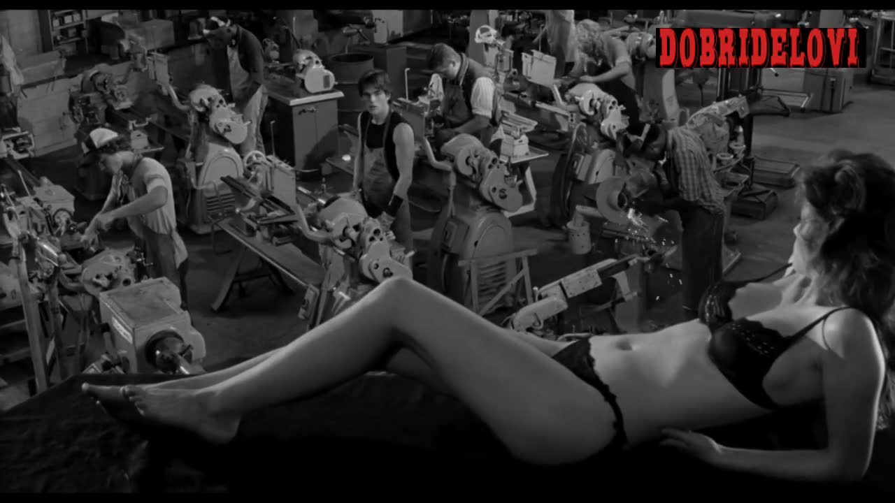 Diane Lane distracting working man scene from Rumble Fish
