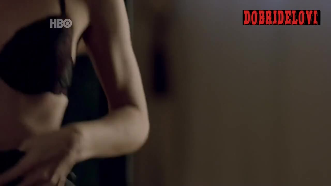 Juliana Schalch undressing scene from O Negócio