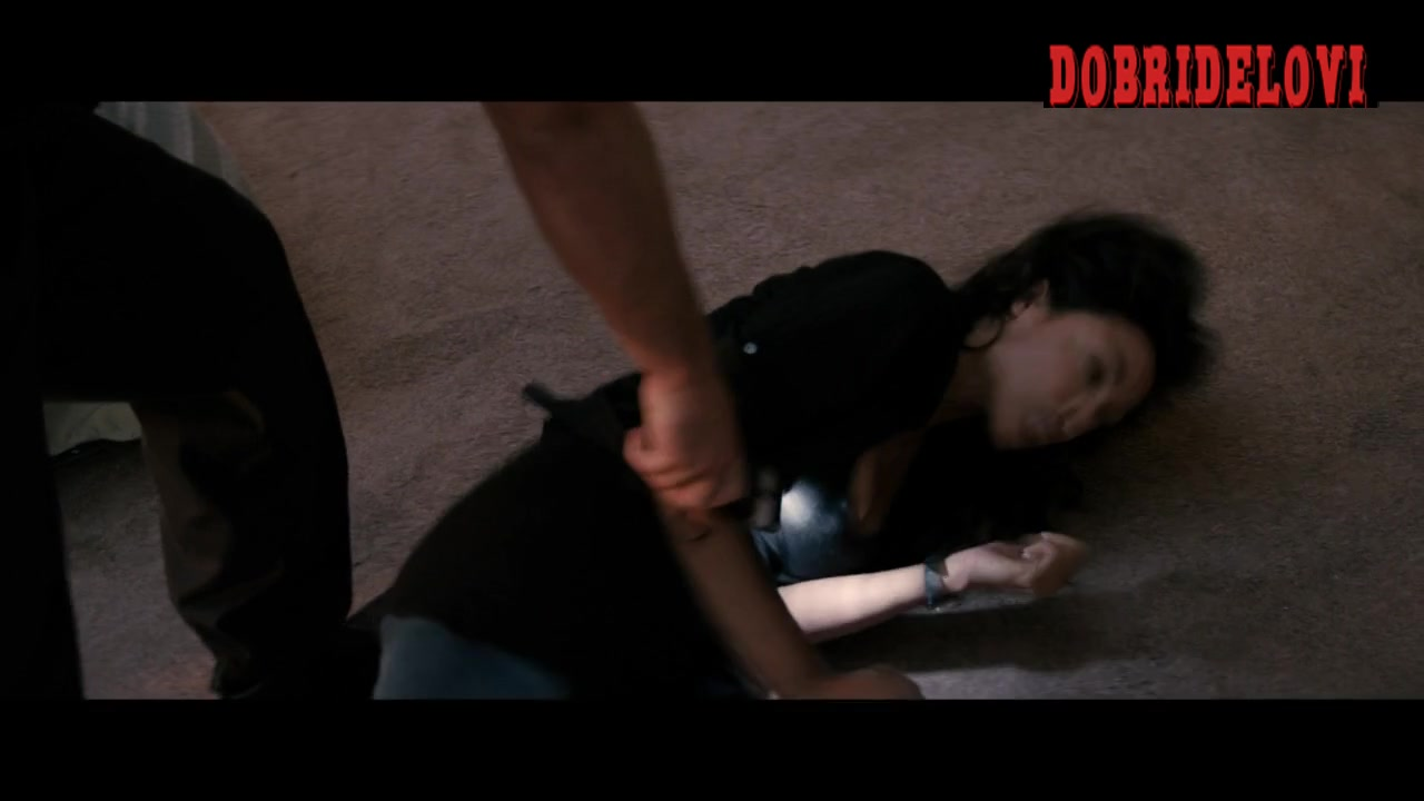 Rosario Dawson getting tased scene from Fire with Fire