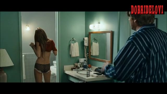 Lindsay Lohan lifting dress in bathroom scene from Georgia Rule