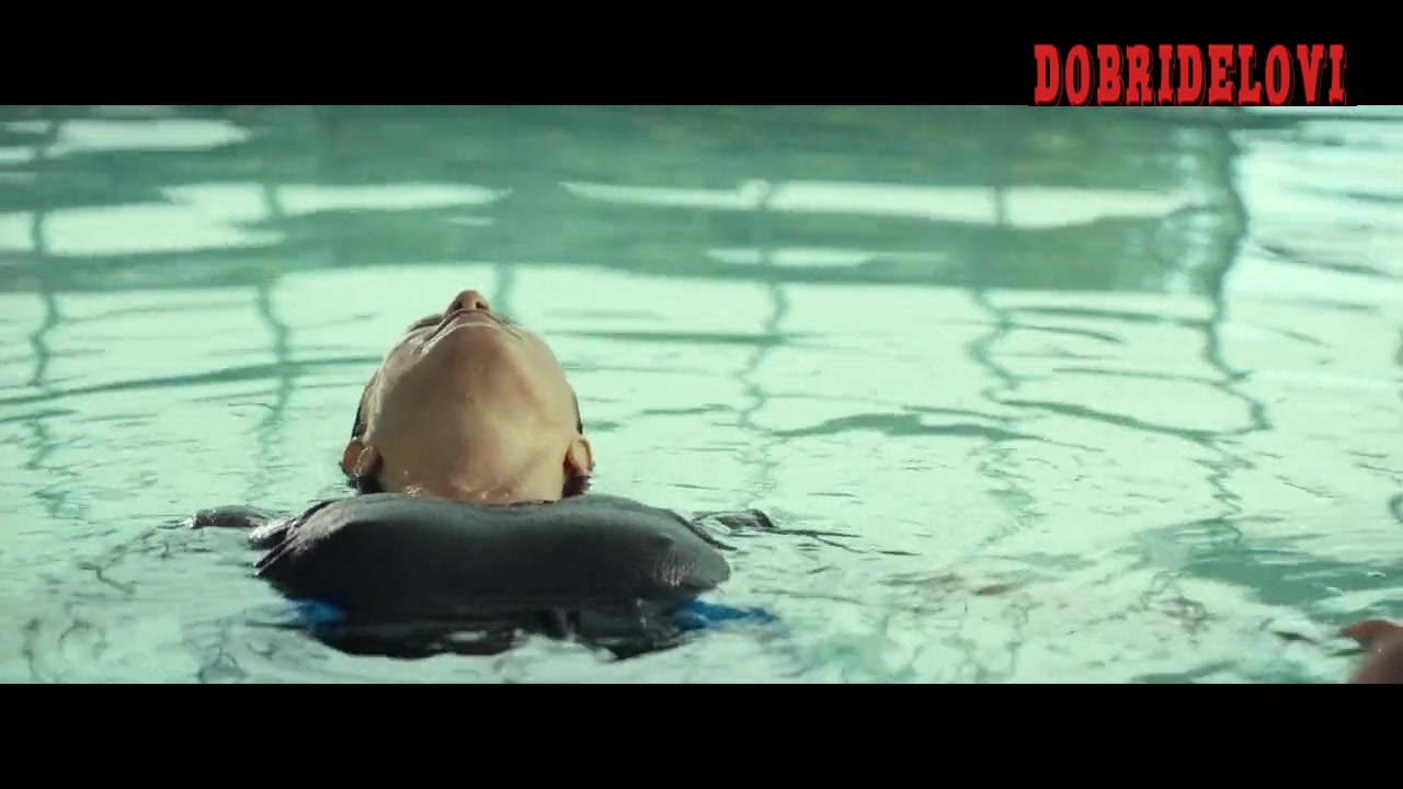 Jennifer Aniston physical therapy swimming scene from Cake